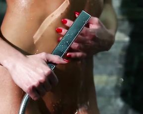 Passionate Sex in Shower