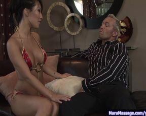 Most Erotic three way Massage p.1/2