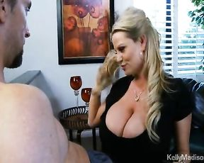 Giant-Jugged Wifey Perfects The Art Of The Oral Delectation