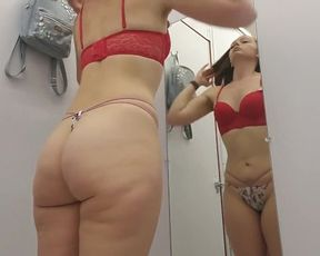 SPECTACULAR TALL CURVY LADY LINGERIE SHOPPING APEX a BOO / @THEWHOOTYMANIAC