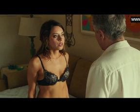 Aubrey Plaza - Splendid Scenes in Bathing Suit & Undergarments + Culo - Dirty Grandpa