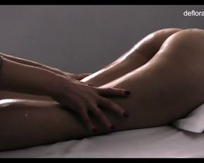 Jennifer Lorentz super hot virgin massage