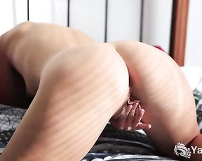 Short Haired Steel Finger And Fucktoy Her Puss