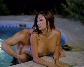 Nicole Oring hotel erotica