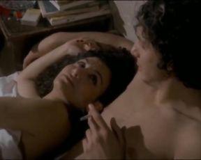 Hala Omran Arab Syrian Actress Display her Underwear in Vid - الممثلة السورية حلا عمران