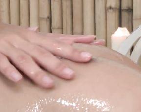 Glamour Massage three