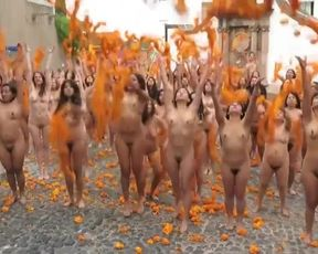100 Brazilian Naked Ladies Gang