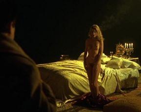 Valeria Marini completamente nuda