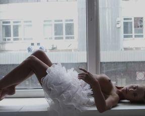 Ash-Blonde stunner Julia Reutova arousing us in this glamour HD flick