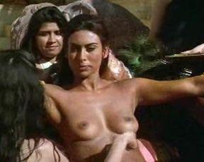 Naked Desi Babes In Bathtub