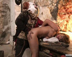4K Adult Horror Movie - It is a Clown (3840x2160)