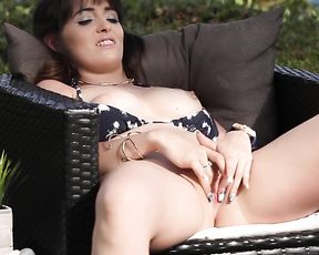 Soft Porn Video - Masturbation and Cunnilingus Brunettes near the Pool