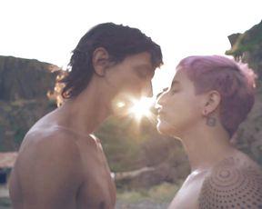 Outdoors Couple Sex - La mujer y el pescador - XConfessions 10 (2017)