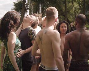 Ze Royale, Jasko Fide - The toilet line (lesbian scene) - XConfessions 11 (2017)