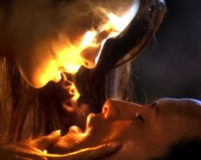 Celebs sex scene Kelly Hu sexy – The Scorpion King (2002)