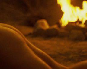 Genesis Rodriguez sexy – Casa de mi Padre (2012)