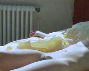Hot actress Clotilde Hesme - Les derniers jours du monde (2009)
