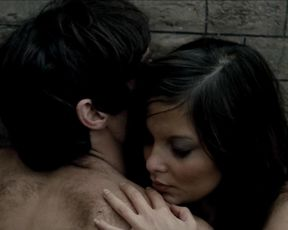 Hot scene Francoise Pascal - La Rose de fer (1973)