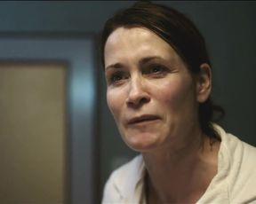 Hot actress Friederike Becht, Anja Kling, Sofia Helin - Der gleiche Himmel (2017)