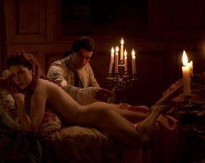 Blandine Bury, Coralie Revel, Lea Wiazemsky naked - Louis XV, Bordertown
