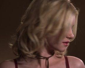 Hot scene Elisha Cuthbert Sexy - The Girl Next Door (2004)