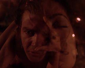 Sexy Salma Hayek Nude - Desperado (1995)
