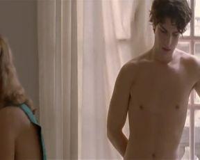 Hot scene Vahina Giocante Nude - Un lever de rideau (2006)