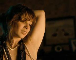 Hot celebs video Vica Kerekes Nude, Petra Hrebícková (nn) - Muži v naději (CZ 2011)