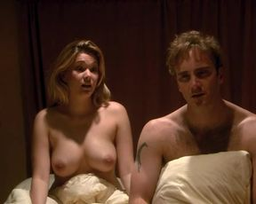 Sexy Shanna Moakler nude – Seeing Other People (2004)
