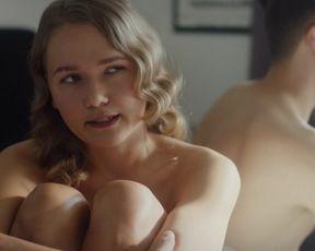 Hot scene Essi Hellen, Miina Penttinen Nude - Donna s01 (2017)