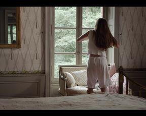 Hot celebs video Georgia Scalliet, Elsa Lepoivre, Florence Viala - Les Trois Soeurs (2015)