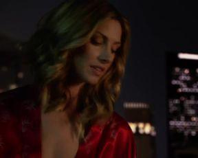 Hot scene Dawn Olivieri Nude - House of Lies s03e08 (2014)