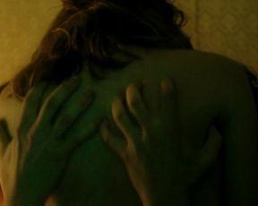 Kristen Stewart nude - On The Road S1E1