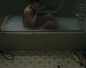 Hot actress Sara Mohr Nude - Red Dust (2014)