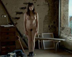 Amira Casar and Helene de Saint-Pere nude - Peindre ou faire l'amour (2005)