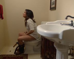 TV show scene Pamela Adlon Nude - Better Things s02e01 (2017)
