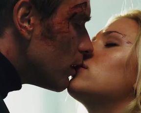 Sexy Scarlett Johansson Sexy - The Island (2005) TV show scenes