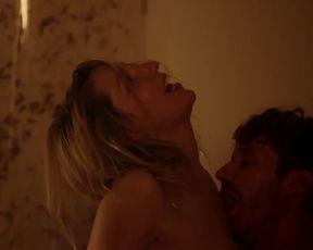 Julia Jelinek Nude - Der Blunzenkonig (2015)