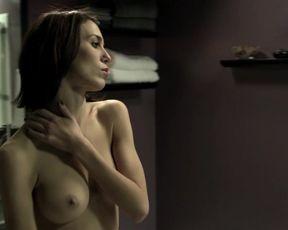 Christy Carlson Romano Nude - Mirrors 2 (2010)