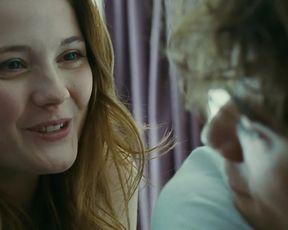 Amy Wren - uwantme2killhim (2013) celebs hot movie scene
