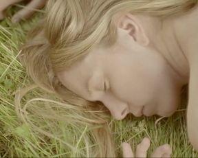 Nadine Petry - Hennes svarta vingar (2013) celebs nude video