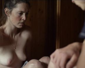 Lucy Wirth - Schwarzer Panther (2014) celeb topless scenes