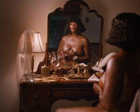 Queen Latifah, Tika Sumpter naked - Bessie (2015)