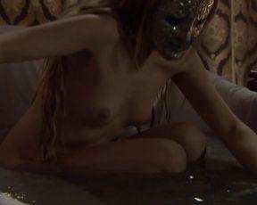 Lina Gorbaneva - Aguila Roja s07e01 (2015) actress nude scene
