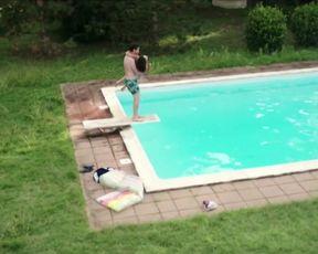 Alice Pehlivanyan - Im Sommer wohnt er unten (2015) celebrity nude scene