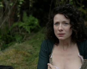 Caitriona Balfe – Outlander s01e08 (2014) celebrity naked