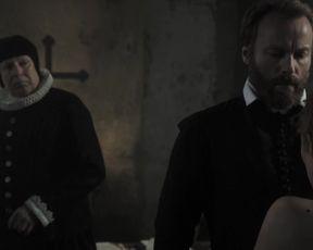 Silke Bodenbender, Christina Simhandl, Franziska Singer - Die Seelen im Feuer (2014) actress sexy scene