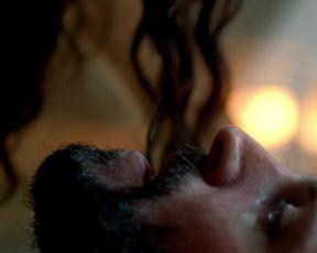 Louise Barnes, Jessica Parker Kennedy – Black Sails s01e04 (2014) celebs hot movie scene