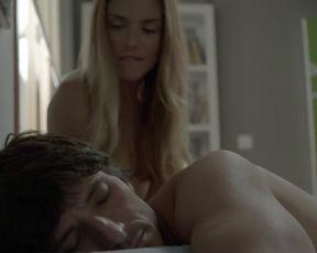 Patricia Valley - B_b, de boca en boca s02e03 (2015) actress sexy scene