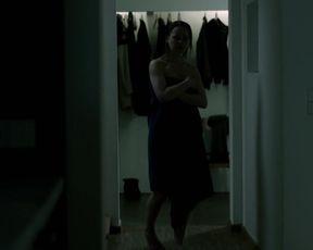 Theresa Scholze - SOKO Koln s11e02 (2014) actress nude scene